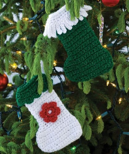 Red Heart HOLIDAY Little Stockings Crochet Pattern FREE